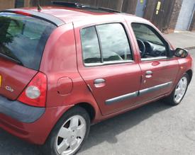 Renault clio,1.5 dci,20 pounds tax,11 months mot