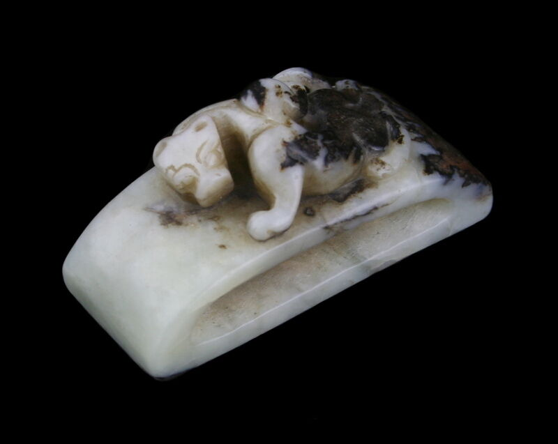 CHINESE JADE WHITE DRAGON SWORD SLIDE - 18TH CENTURY