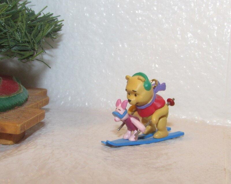 Hallmark Keepsake Disney Winnie the Pooh 2002 On The Slopes Miniature Ornament