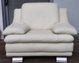 DELIVERY INCLUDED VGC genuine leather armchair
