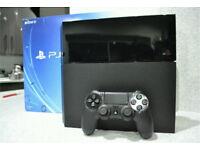 PS4 BLACK 500GB + 4 GAMES