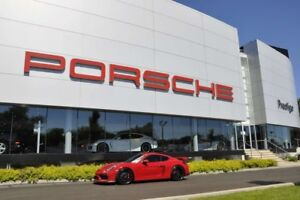 2016 Porsche Cayman GT4                   Pre-owned vehicle 2016