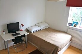 CLEAN AND TIDY ROOM ** MILE END ** £ 130PW