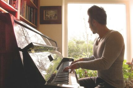 French Piano Teacher in North Sydney Area or City North Sydney North Sydney Area Preview