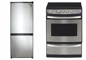 Combo : 24'' Refrigerator + 24'' Stove, Stainless color, GE & Danby