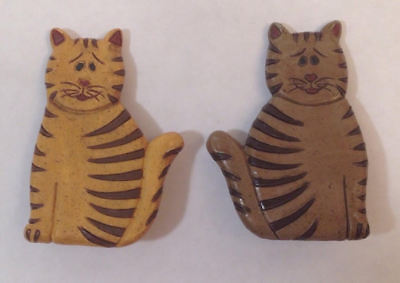 Set of 2 Light Dark Wood Happy Cat Pins Brooches Striped Smile Pets Best Friend