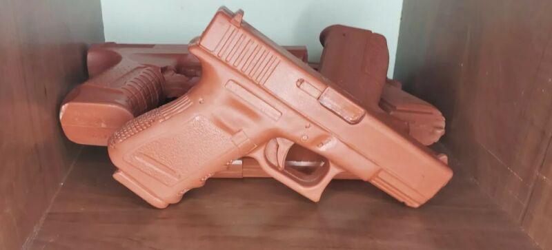 Used Red Polyurethane *Hard Resin* Replica Training Firearm Gun Glock G19