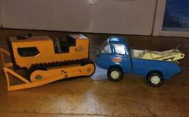 Collectable Vintage Tonka Steel Toys. Orange T-6 Bulldozer & Tow Truck 10 inch 1970s