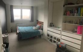 Large double bedroom Loughton £550 all bil inc