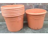 7 Terracotta Effect Plastic Pots