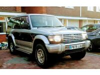 Mitsubishi 2.8td automatic Pajero Fieldmaster 4x4 1997 12 months MOT New car forces reluctant sale