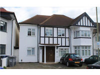 A DELIGHTFUL ONE BEDROOM FLAT IN HENDON INCLUDED IN PRICE HEATING AND HOT WATER