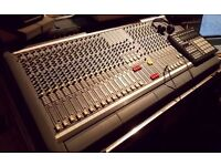 Soundcraft Venue ii 24ch Analog Mixing Desk Excellent Condition