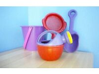 Beach / Sandpit / Water Toys £1 for all 4
