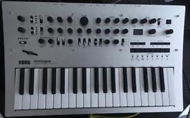 Korg Minilogue (like new!)