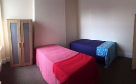 2 Amazing Double Rooms Same Flat Same Price