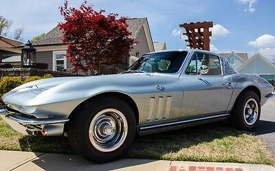 1965 Chevrolet Corvette Stingray Corvette Stingray Coupe - Completely Restored in Mint Condition