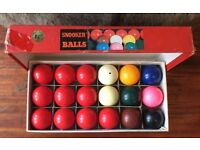 Boxed set of Snooker Balls 1.7/8 inch diameter and 2 Riley Snooker Cues