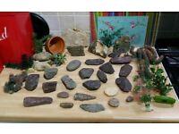 Fish Tank Bits / Stone / Plants