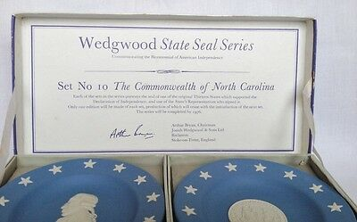 Wedgwood State Seal - The Commonwealth of North Carolina no 10 Blue Jasperware