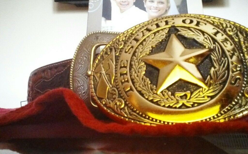 Real leather belts with seperate texas star buckle and free photo frame