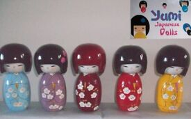 Dolls, Japanese 'Kokeshi' - 50 items in total.