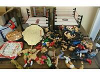 Toys WWE figurines & wrestling rings