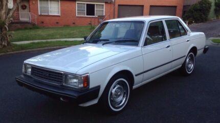 Toyota 1982 SURVIVOR CAR,  161,000KM, 2 Previous Lady Ownres