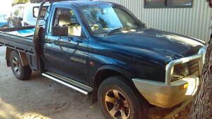 Triton Ute 1998 4x4 Broome Broome City Preview