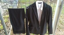 3 piece suit size small $25 charcoal grey colour great condition Cashmere Pine Rivers Area Preview