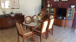Australian made Davis Furniture Dining Room Set Dandenong North Greater Dandenong Preview
