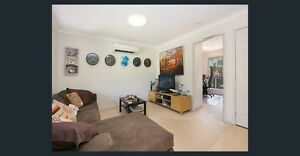 2 Bedroom fully self-contained modern granny flat for rent Springwood Logan Area Preview