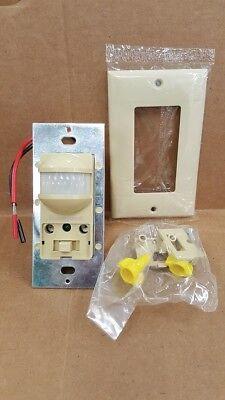 (Honeywell EL7650a-1001 Leviton Hubbell Wall Mount Occupancy Sensor New In Box)
