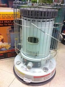 Indoor Kerosene Heater Heats 1,000- sq ft like new.. never used