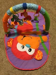Infantino Merry Monkey Travel Baby Activity Gym Mat