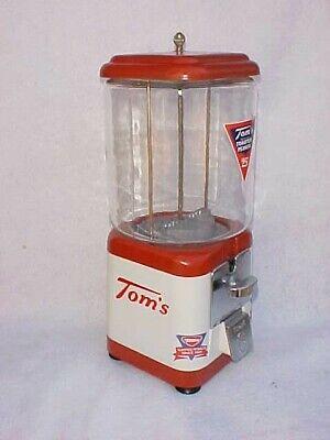 Tom's Peanut 25 Cent Acorn / Oak Gumball / Peanut Machine, Toms Lance Jar Store
