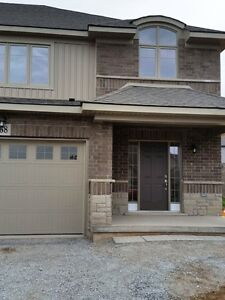 Newly Built Executive End Unit Townhouse in Fonthill
