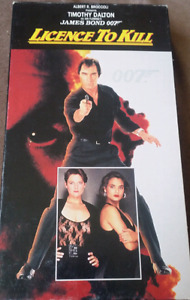 James Bond 007 in License to Kill VHS $5