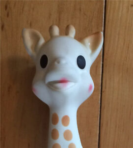 Sophie the Giraffe - EUC - cleaned and sanitized!
