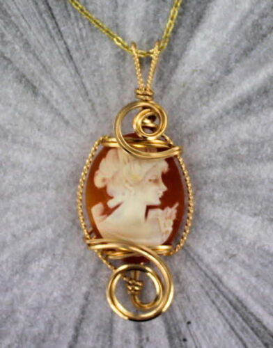 Vintage Hand Carved Cameo Pendant Necklace 14kt Rolled Gold Wire Wrapped