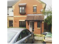 LOVELY UNFURNISHED 3 BED SEMI DETACHED WITH PARKING IN BUSHMEAD LUTON £1100