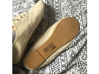 H&M patterned material shoes