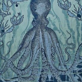 Gorgeous Urban Outfitters octopus wall hanging / tapestry