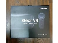 SAMSUNG GEAR VR HEADSET - WITH CONTROLLER - POWERED BY OCULUS - BRAND NEW