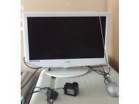 "20"" flat screen technika TV/DVD/Freeview"