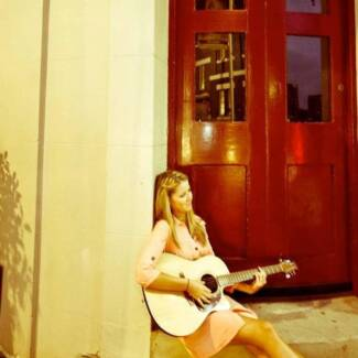 Renae Stone Acoustic Musician for Weddings + Events