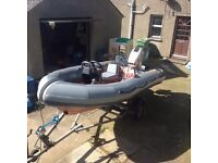 AVON SEARIDER 4M RIB WITH 40HP OUTBOARD AND EXCELLENT ROLLER TYPE TRAILER