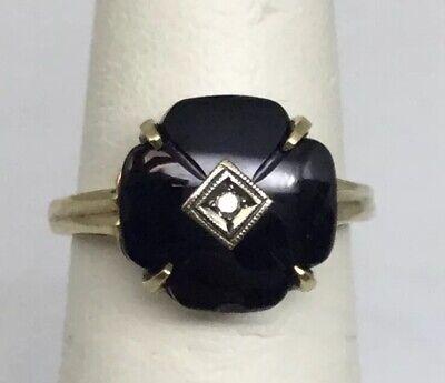 1940s Jewelry Styles and History BALCK ONYX & DIAMOND 1940s LADIES RING 10 K  (J859) $175.00 AT vintagedancer.com