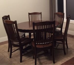 """Solid wood dining table w 6 chairs (54"""" round, with 18"""" leaf)"""
