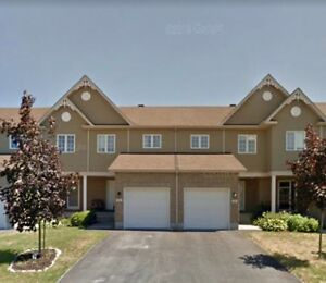 Beautiful Townhouse for rent- Rockland, ON